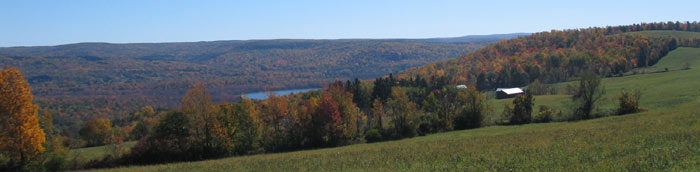 Cayuta Lake and Connecticut Hill from FLT on Rogers Hill (M15) - Photo: R. Hopkins